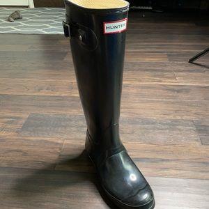 HUNTER tall original gloss one right boot